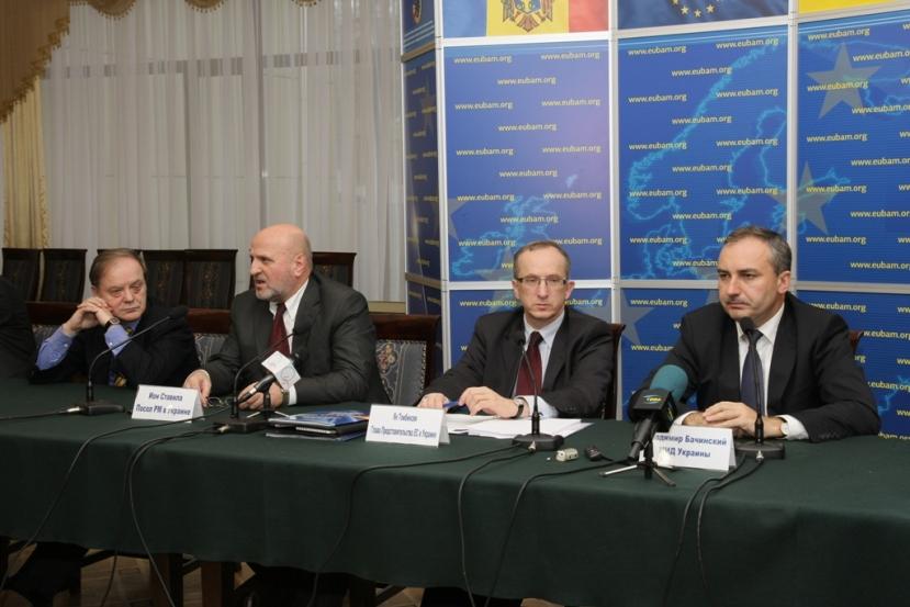 Засідання Консультативної Ради EUBAM вперше пройшло під головуванням Посла ЯнаТомбінського