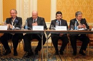 """Учасники спільної конференції """"Зміцнення спроможності регіонів щодо розвитку людського капіталу. Нові економічно обґрунтовані підходи до збалансування попиту та пропозиції навичок"""""""