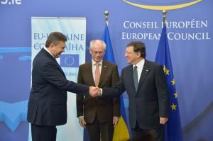 Президент Європейської Комісії Баррозу, Президент Європейської Ради Ван Ромпей і Президент України Янукович на саміті ЄС-Україна, 25 лютого 2013 р.