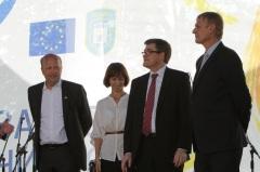 Вальтер Треттон (Представництво ЄС, праворуч), Маґнус Рістедт (НЕФКО, центр) та Андерс Лунд (E5P, ліворуч) на відкритті Європейського тижня сталої енергетики в Житомирі