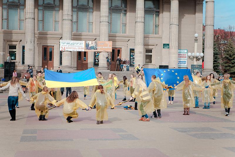 Флешмоб у Тернополі закликав будувати Європу вУкраїні