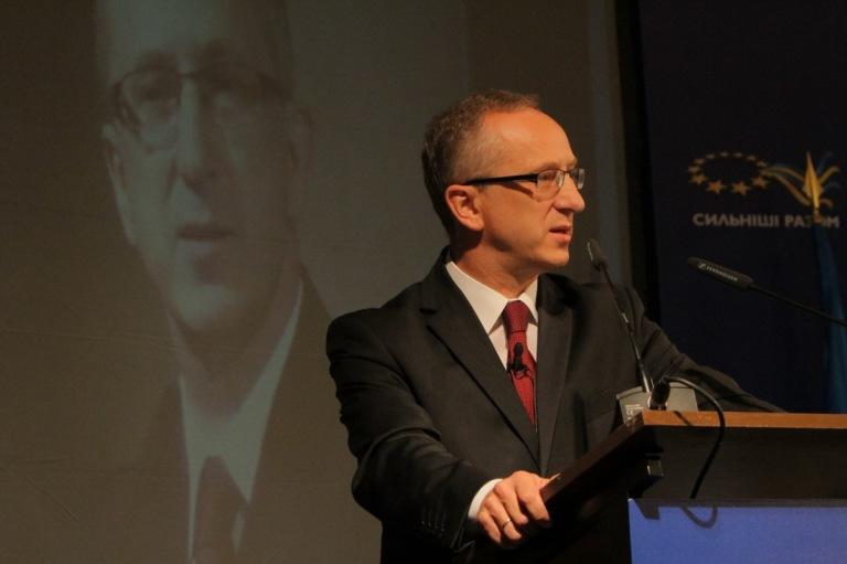 Голова Представництва ЄС в Україні Ян Томбінські