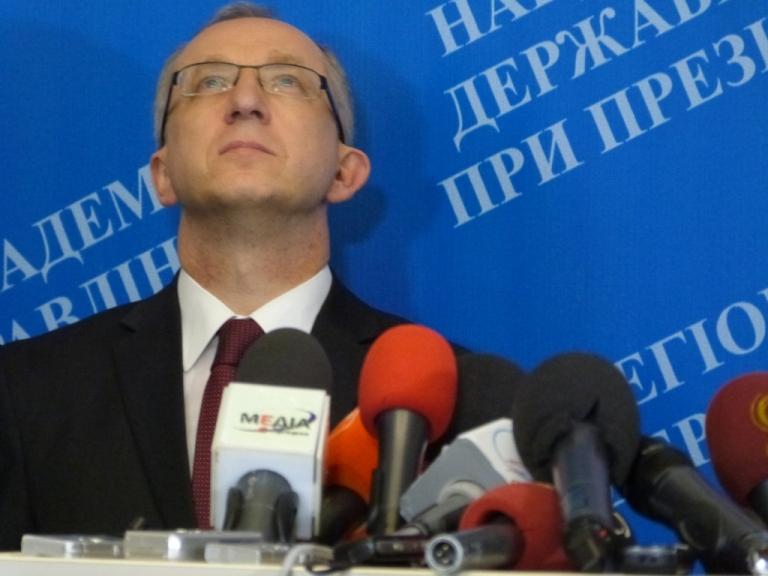 Посол, Голова Представництва Європейського Союзу в Україні Ян Томбінські