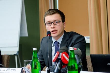 Габріель Блан, Керівник програм відділу економічного розвитку та енергетики Європейської Комісії