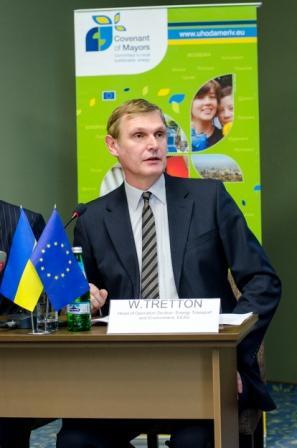 Вальтер Треттон, Керівник третього відділу програм допомоги «Енергетика, транспорт і довкілля» Представництва ЄС в Україні
