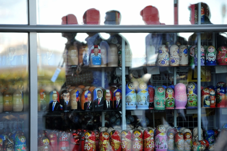 Russian nesting dolls (Matryoshka dolls) in a shop window, of which a few are at the effigy of several past and actual leaders of countries of the G20