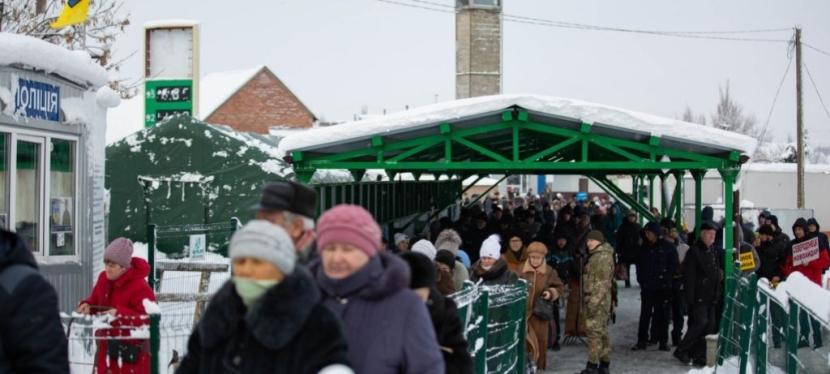 ЄС допомагає захистити цивільних українців у зоніконфлікту